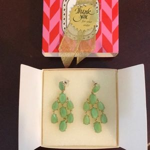 Stella and dot lily chandelier earrings